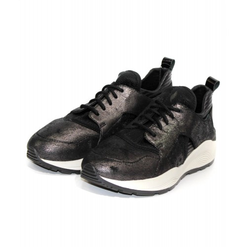 Кросівки Geox Італія